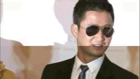 """吴京不哭 谢楠偶遇刘威撞衫变""""情侣装"""" 170912"""