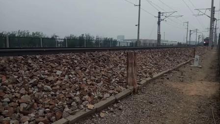 京京HXD3D0252牵引Z601次(北京-菏泽)低速通过