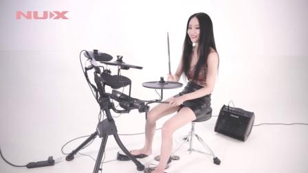 蔚科科技NUX乐器代言人雅妍演示DM-1电子鼓
