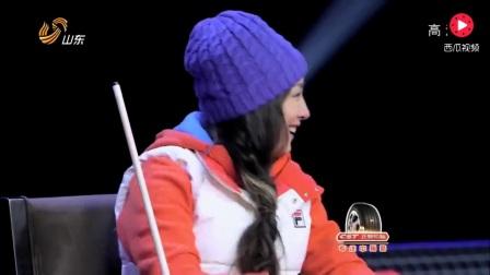 这才是真正的花式桌球高手, 潘晓婷现场挑战失败, 一脸的尴尬