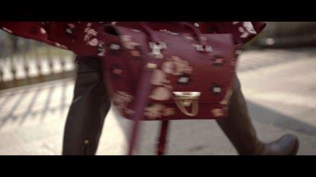 Valentino 2017早秋Demilune手袋