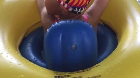 果果喜欢游泳