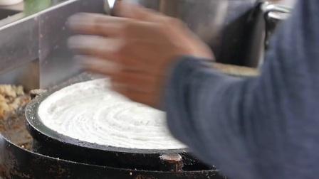 马来西亚街头食品-薄饼奶油玉米,花生酱