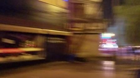 老白v老白vlog:一路向西之西安一夜游!