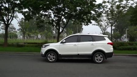 """【《""""上汽通用五菱-宝骏310Wagon""""vs""""北汽幻速S3L""""》——5万元的大选择】"""