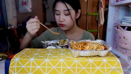 85.【吃播】牛肉咖喱焗饭,意大利肉酱面 ,芝士条。_美食圈_生活