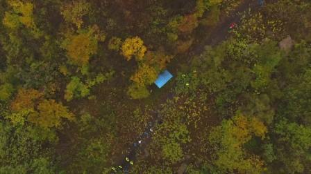 漫山红叶里用越野跑丈量最美长城