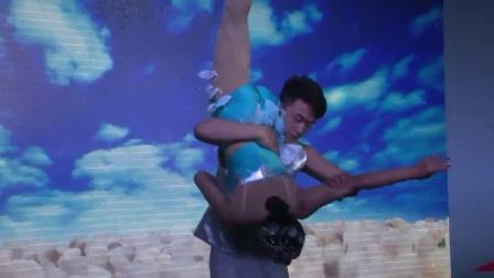 公司力推高雅节目《肩上芭蕾》视频;期待合作!13522978306...
