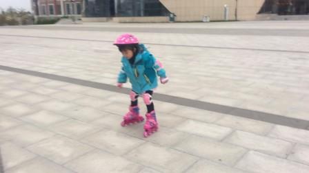 小萝莉之学习滑轮1