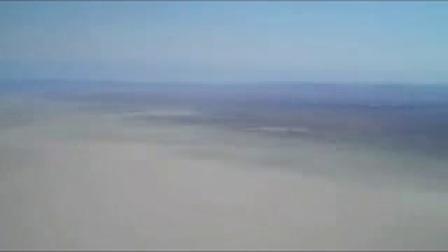 多角度实拍国外牛人自制山寨火箭带你遨游太空-320x240