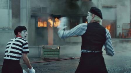 士力架创意广告 —— 消防员