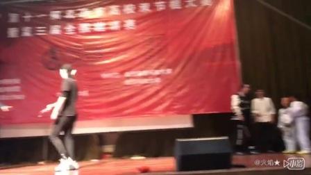 北京双节棍大赛斗棍  异常精彩!O(∩_∩)O