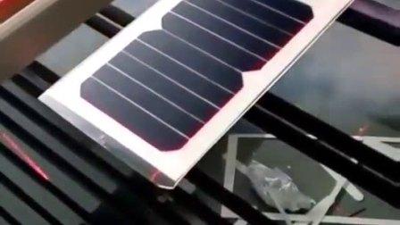 二氧化碳激光切割机切割太阳能电池板