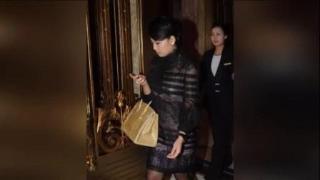 刘涛的包太土豪 让网友怀疑人生 而她的包却打脸整个娱乐圈 171114