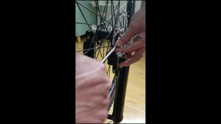 线碟刹蹭碟调试方法