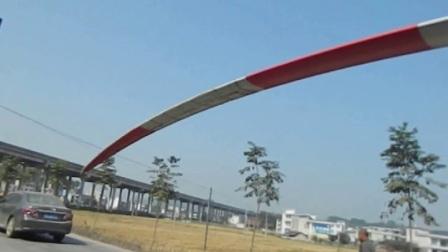 钦佩;牛逼老司机山道运输超长风力发电设备