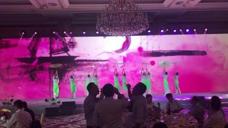 上海舞蹈团小城雨巷年会教学演出