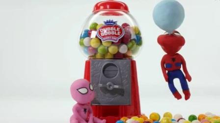 恶搞整蛊搞笑动漫  蜘蛛侠宝宝和艾莎宝宝吃泡泡