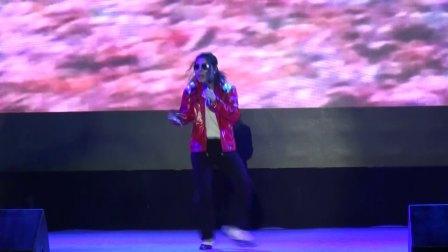 红遍全球世纪神曲BEAT IT-敏敏杰克逊演唱