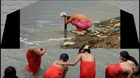 印度奇葩习俗,不分男女老少,都爱露天沐浴!