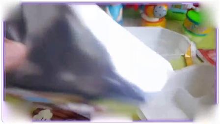小马宝莉与蜡笔小新一起做饼干,宝宝食玩玩具 彩虹小马 大象巴巴