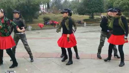 湖北赤壁市美女水兵舞
