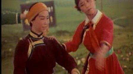 中国芭蕾舞《草原儿女》集体舞1(挤奶舞)