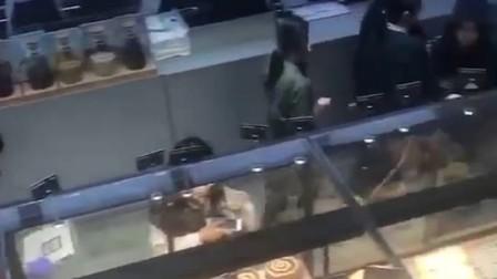 CL枫焙烘焙加盟店火爆场面