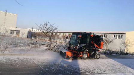 多功能扫路机-除雪作业视频-15712702379