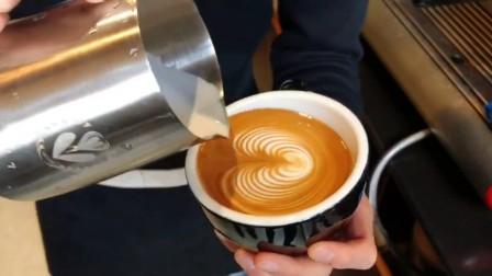 曼岛物语咖啡学院 咖啡拉花郁金香