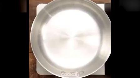 西点烘焙教程暖心料理之圆椒奶油浓汤西点培训