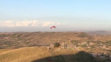 滑翔伞巡游黄瓜台训练基地