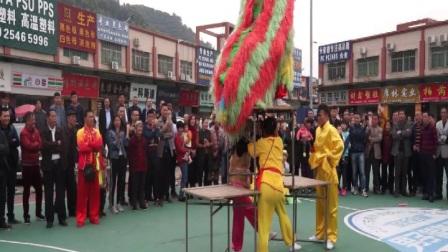 白仓高跷艺术团巡演樟木头 张飞摄影 13925711086广东樟木头塑金在线庆典