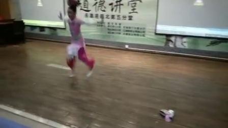 永嘉县瓯北七小兰韵杯艺术节独舞比赛:《小薇小微》独舞荣获校第一名