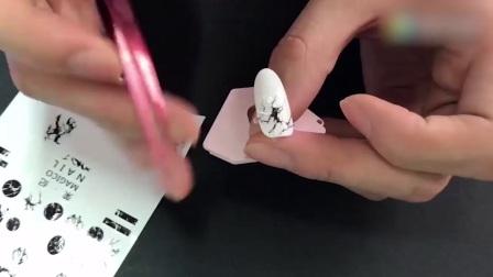美甲彩绘猫眼美甲美甲初级教程美甲教学视频全套大理石纹教程来啦 玩具美甲 美甲视频美甲晕染美甲创始人美甲教程