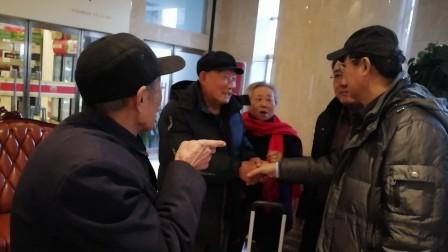 北京知青艾平见到了当年在供销社工作的老同事