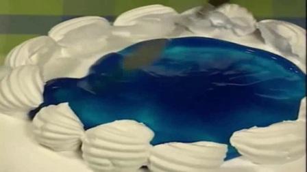 做生日蛋糕全套做法_生日蛋糕在家简单做法_生日蛋糕寿桃的做法-家庭自制6