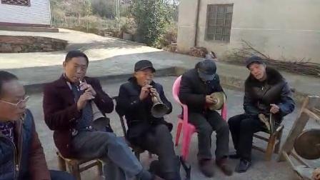 湖南双峰农村锣鼓喧天
