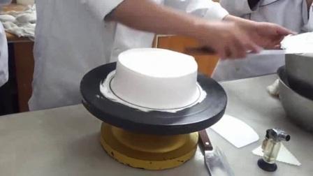 电烤箱制作戚风蛋糕  6寸戚风蛋糕配方