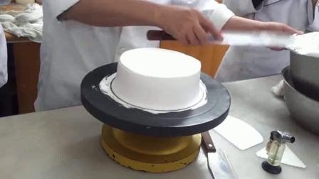 戚风蛋糕塌陷_戚风蛋糕塌陷原因_戚风蛋糕怎么做