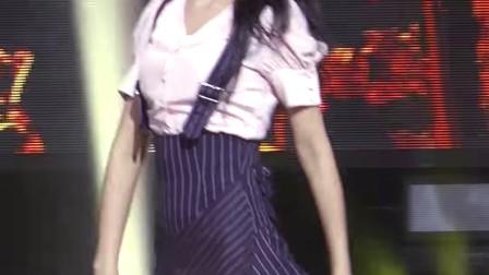 饭拍短裙에이오에이 설현 직캠 Excuse me AOA SeolHyun Fancam @엠카운트다운_170119