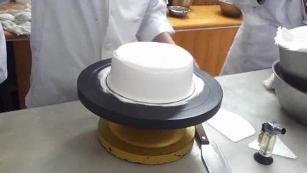 水果生日蛋糕的做法 自己做生日蛋糕生日蛋糕制作方法视频 生日蛋糕裱花十二生肖8