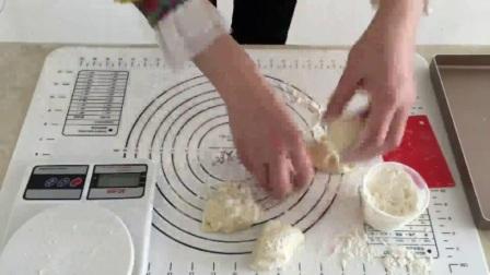 学做蛋糕怎么样 家庭做面包的简单方法 巧克力蛋糕怎么做