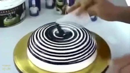 慕斯蛋糕的做法 电压力锅做蛋糕 卡通生日蛋糕图片