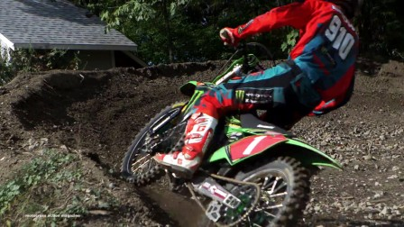 KX125 二冲程回归- Motocross Action Magazine_Full-HD