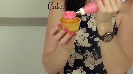 蛋糕裱花花边基础手法 淡奶油裱花视频 韩式裱花基础教程