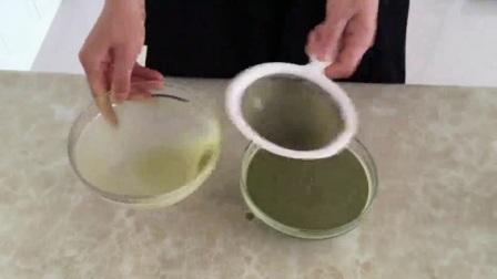 西点面包培训 8寸戚风蛋糕的做法君之 面包机蛋糕的做法大全