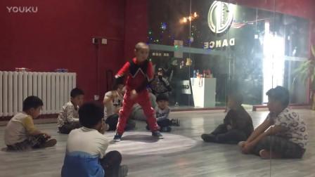 儿童街舞街舞视频大全.Breaking霹雳舞
