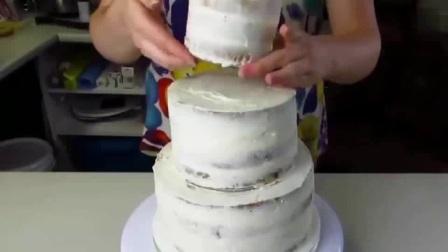 杨师傅香掉牙千层饼 脆皮蛋糕的制作