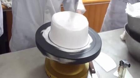 蛋糕胚抹面视频.韩式裱花奶油霜抹面视频-甜喵喵的烘焙屋